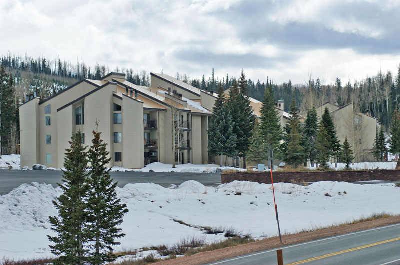 brianwood-condominiums-brian-head-Utah-ski-resort
