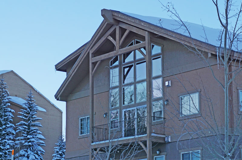 white-bear-condominiums-brian-head-Utah-ski-resort