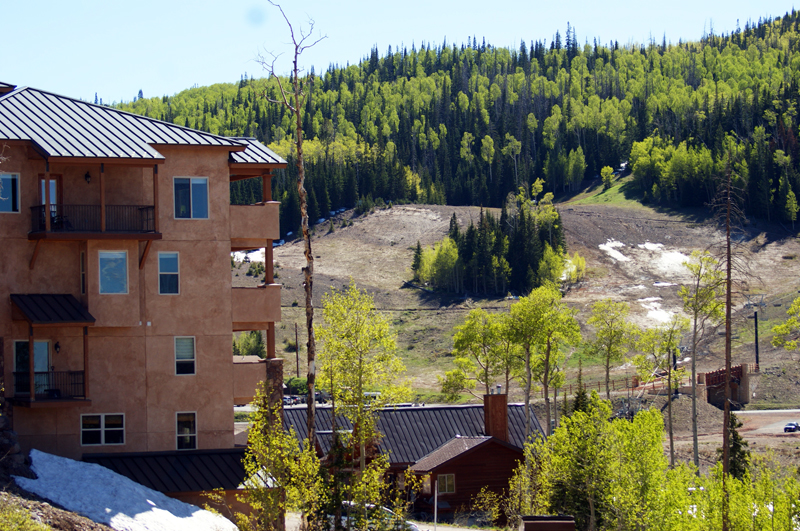 Black Diamond Condominiums in the Mountains of Brian Head, Utah